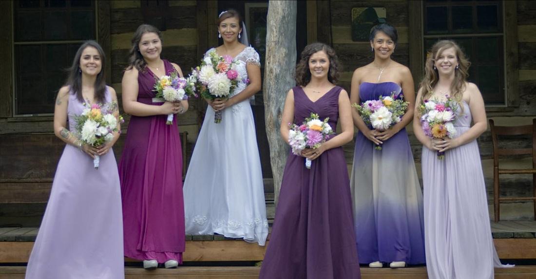 NOVIAS - Vestido de novia evocando dulzura y feminidad. Atelier de ...